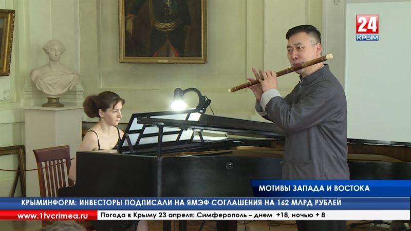 Мотивы запада и востока. В столице Крыма прошёл концерт духовой музыки