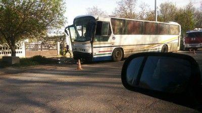 В Крыму из-за сердечного приступа водителя автобус влетел в столб