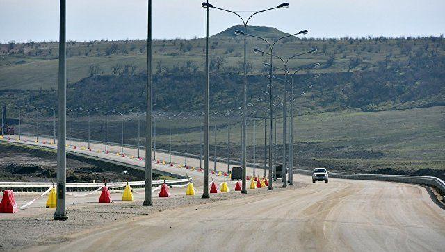 Автоподход к Крымскому мосту со стороны Керчи готов на 93%