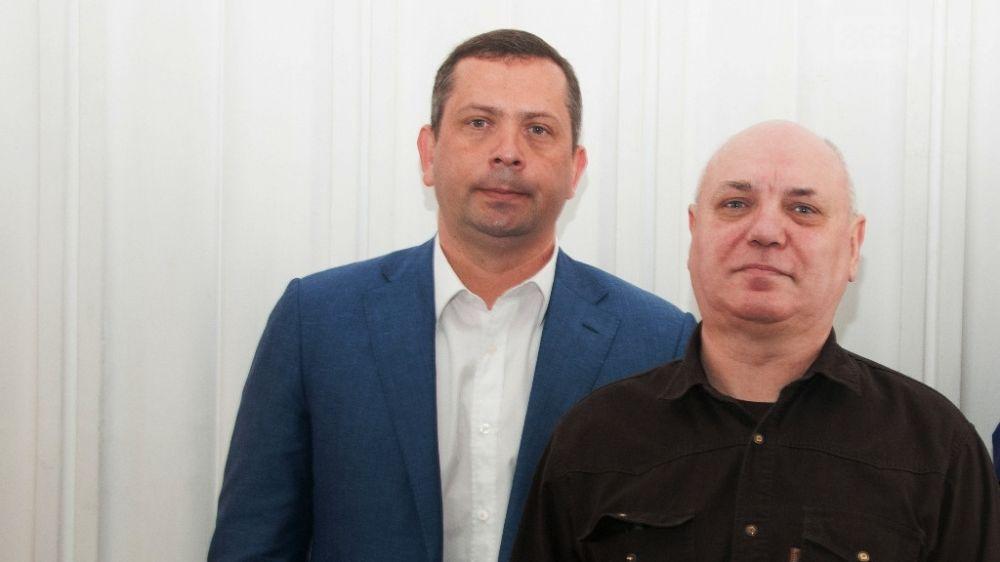 В администрации Ялты наградили уважаемых жителей города