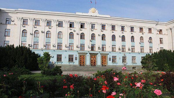 Руководитель Крыма ичлены руководства отчитались о приобретенных в2014-м году доходах