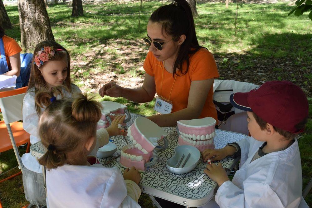 Как в Симферополе туристический сезон открывали