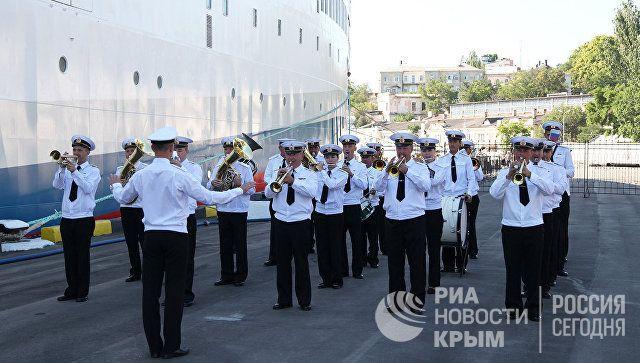 «Князь Владимир» остановился воткрытом море напути изСевастополя вСочи