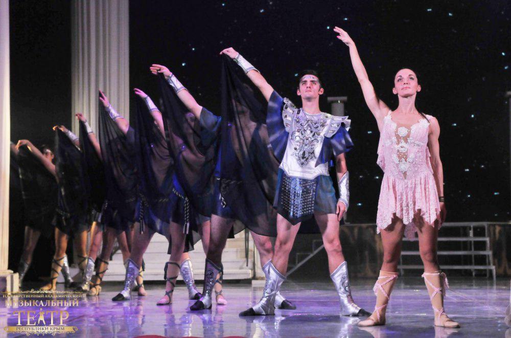 Госмузтеатр покажет балет «Боги и люди» в Оренбурге