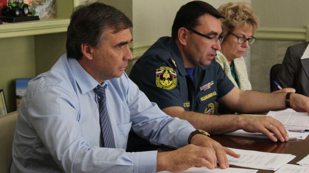 Андрей Рюмшин провел рабочее совещание с представителями районных администраций о порядке объявления ЧС