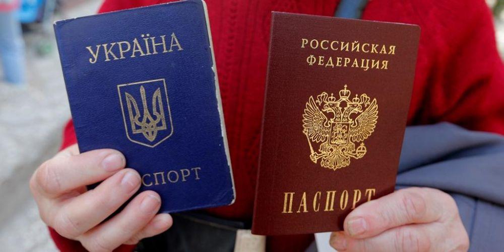 Порошенко передумал оставят крымчан украинского гражданства
