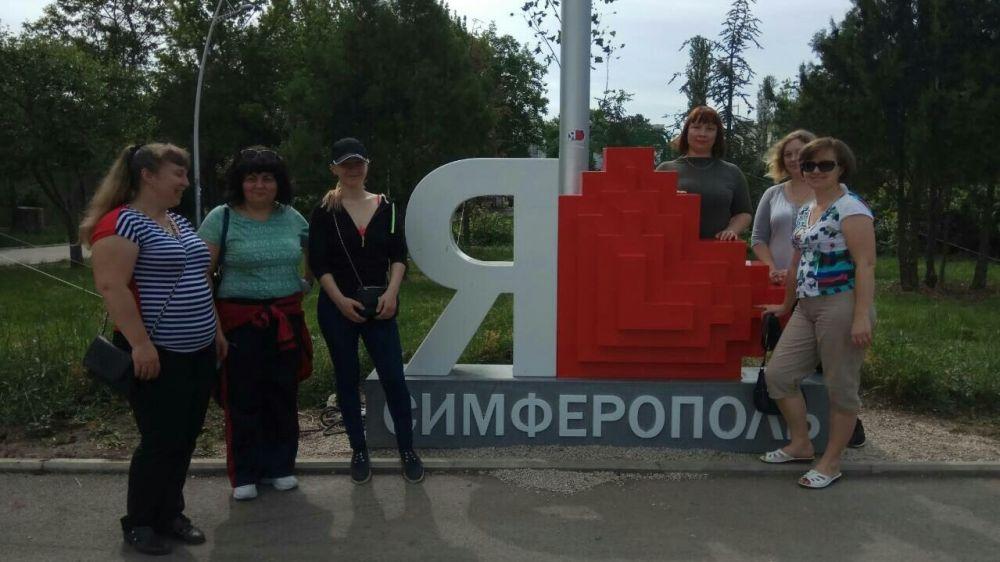 Сотрудники Минтруда РК продолжают участвовать во Всекрымском экологическом субботнике