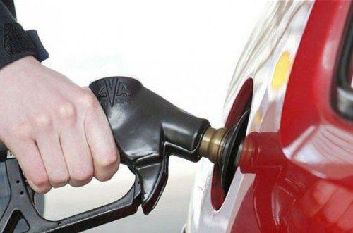 На крымских АЗС проверят качество бензина