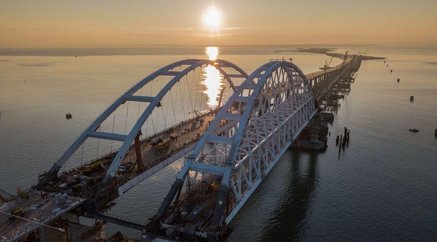 В воскресенье по Крымскому мосту проехало более 23,1 тыс транспортных средств
