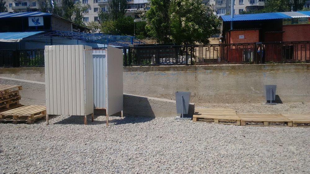 В Приморском проверили санитарное состояние набережной
