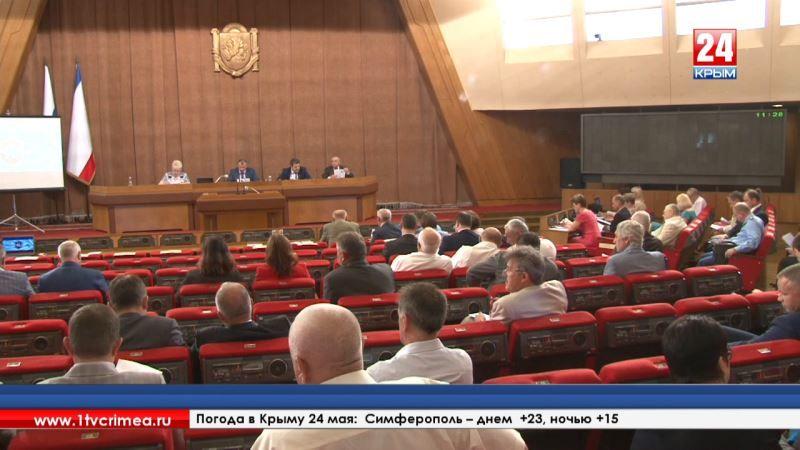 Дмитрий Полонский оставил пост министра внутренней политики, информации и связи Республики Крым