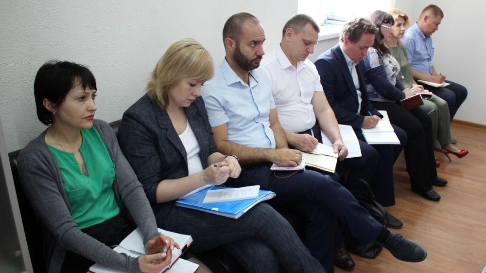 В Госкомрегистре усилен контроль за трудовой дисциплиной — Александр Спиридонов
