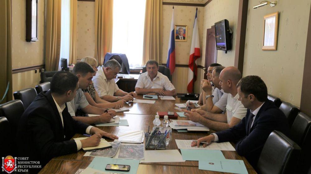 Юрий Гоцанюк провел совещание по вопросу реализации программы переселения граждан из аварийного жилищного фонда в 2018 году