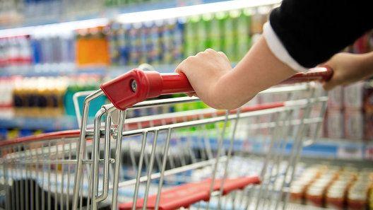 Ян Латышев: В 2018 году снизились средние цены на 18 основных продуктов питания