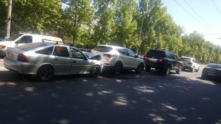 Блэкаут привел к многочисленным авариям в Симферополе