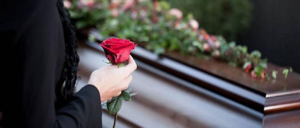 Во сколько обойдутся похороны близкого человека в Симферополе: расценки, документы и выплаты