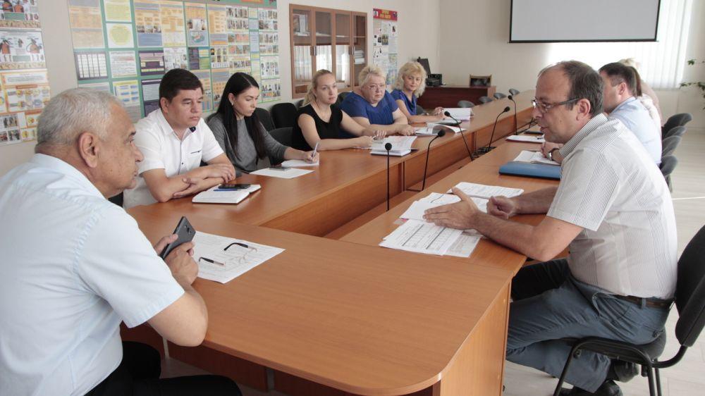 Виталий Глотов провел совещание с руководством ГУП РК «Водоканал Южного берега Крыма»