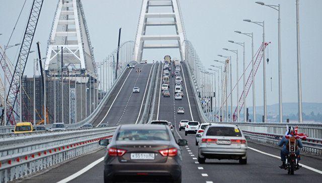За месяц по Крымскому мосту проехали более 500 тыс машин