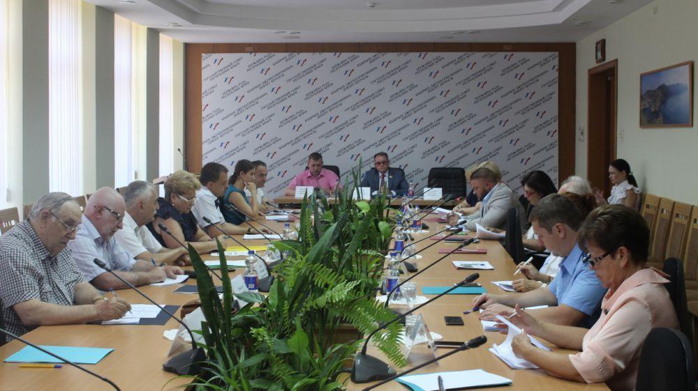 Татьяна Гудилко приняла участие в заседании Комитета Государственного Совета Республики Крым по труду, социальной защите, здравоохранению и делам ветеранов