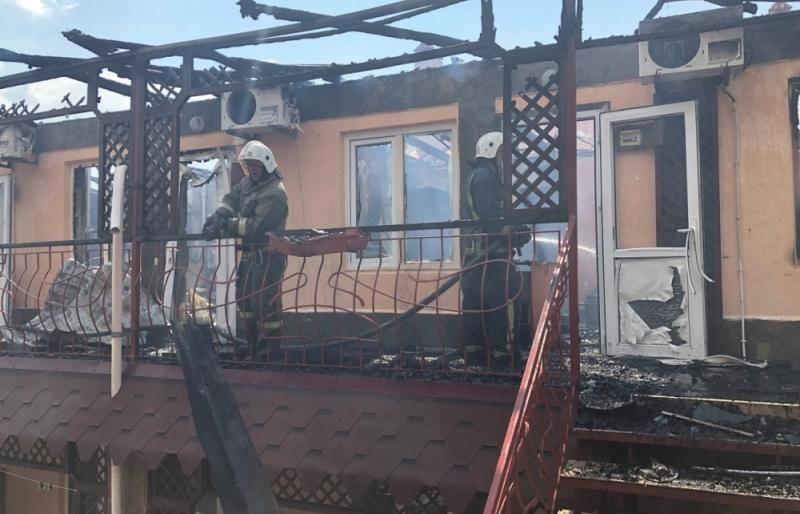 В больницу Симферополя доставили туристов, получивших сильные ожоги на пожаре в крымской гостинице