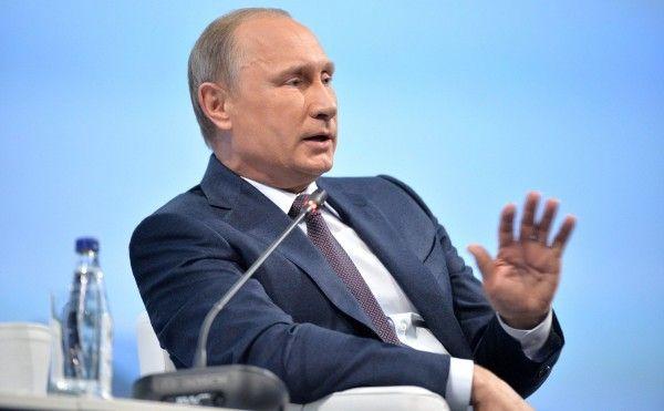 Модное и молодежное обращение Владимира Путина к выпускникам