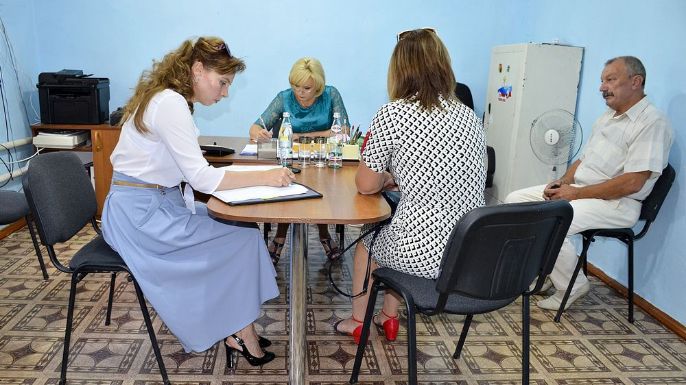 Людмила Глушко провела аппаратное совещание и прием граждан