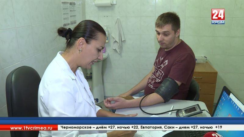 Коллектив «Крымской газеты» сдал донорскую кровь. Акцию приурочили ко дню рождения издания