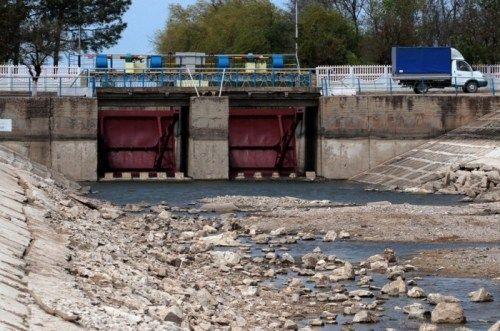 Киев объявил отехнической готовности восстановить поставки воды вКрым