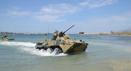 Морские пехотинцы Черноморского флота проводят тренировки ко Дню ВМФ