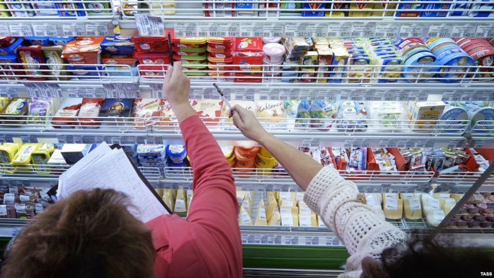 Ян Латышев: Городскими и районными администрациями республики продолжается проведение мониторинга цен на социально значимые продовольственные товары