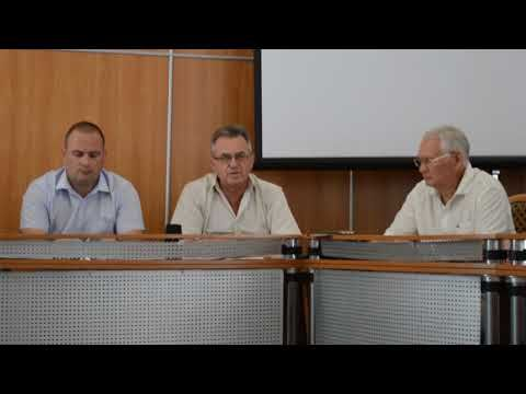Экс-депутаты пролили свет на застройку феодосийского сквера