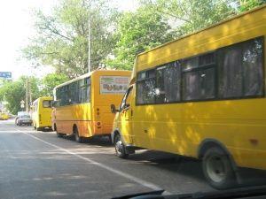 В Крыму вычислили двух нелегальных перевозчиков