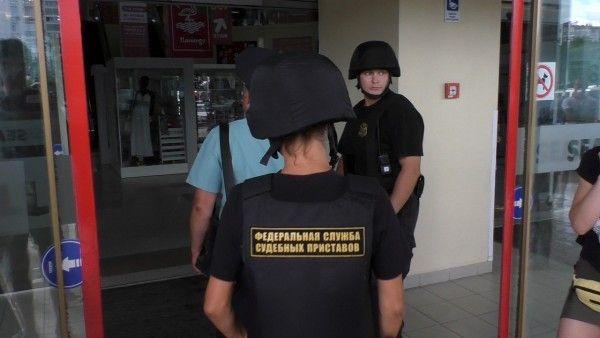 В Севастополе закрыли ТЦ «SeaMall» - как это было