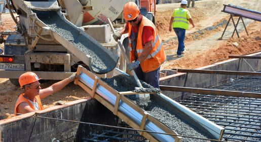 «Центродорстрой» начал заливать фундамент под опоры путепровода для первой транспортной развязки трассы на Евпаторию