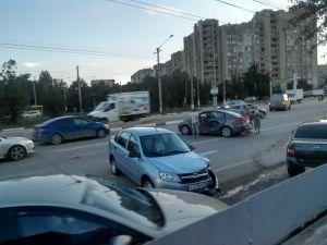 Авария на ГРЭСе парализовала движение в аэропорт Симферополя