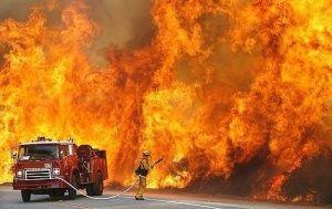 На пожаре в Ялте спасли пенсионерку