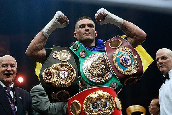 Усик стал абсолютным чемпионом мира
