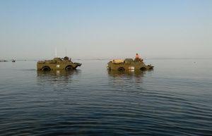 Две бронемашины пересекли Керченский пролив