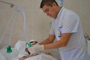 Медицинских братьев Крыма приравняли к медсестрам