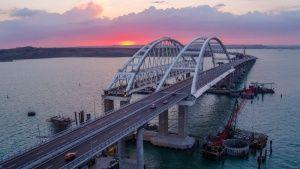 В Украине поприветствовали санкции против строителей Крымского моста