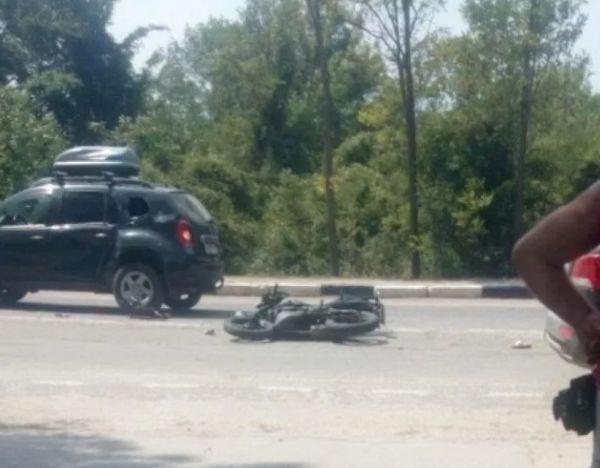 «Мёртвая девушка лежала на асфальте»: в Севастополе произошло ДТП с летальным исходом