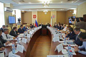 Глава Крыма принял участие в совещании под руководством помощника Президента Игоря Левитина
