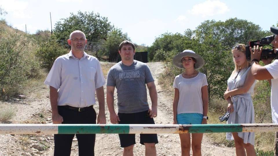 На Карадаге открыли реверсный маршрут «Дорога к Сфинксу»