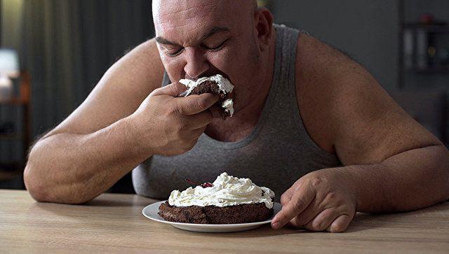 Мужчины, женщины, диета: ученые выяснили, кто быстрее теряет вес