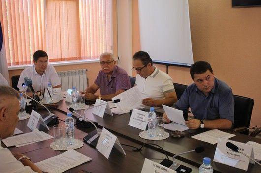 Юрий Гемпель принял участие в заседании коллегии Госкомнаца Крыма