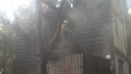 Крымские спасатели ликвидировали пожар в жилом доме пгт. Гаспра
