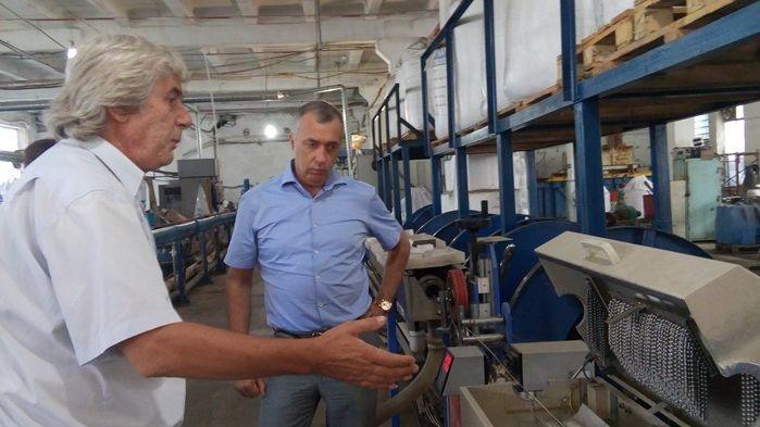 Глава Минпрома Крыма посетил симферопольское предприятие по производству кабельной продукции
