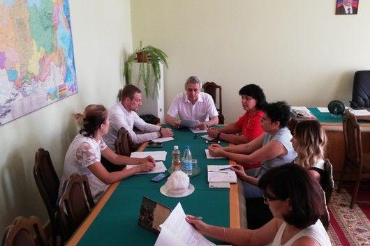Эдип Гафаров провёл совещание по вопросу подготовки к открытию детского сада в микрорайоне Фонтаны г. Симферополь