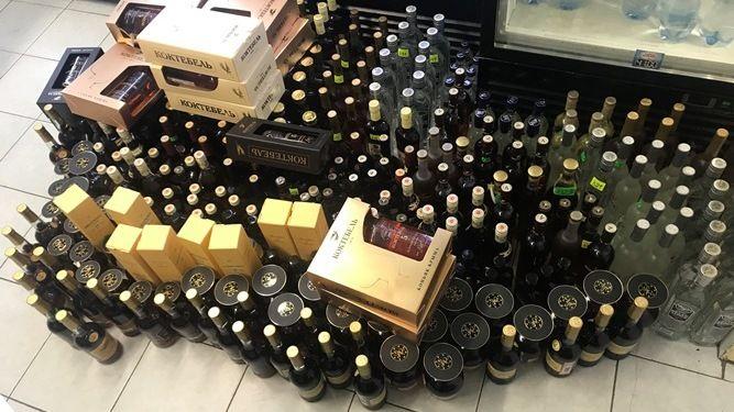 В Алуште выявлен нелегальный оборот алкогольной и спиртосодержащей продукции