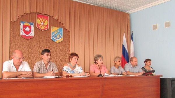 Состоялось очередное заседание Комиссии по делам несовершеннолетних и защите их прав администрации Джанкойского района